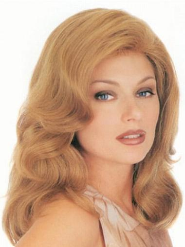 Blonde Layered Wavy Top Classic Wigs
